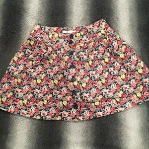 Floral mini button skirt
